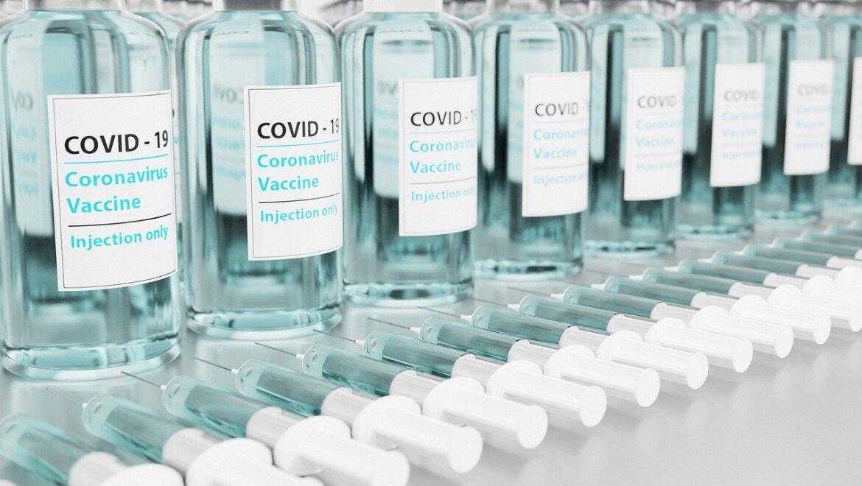 Czy jest potrzebne tłumaczenie zaświadczenia o szczepieniu?